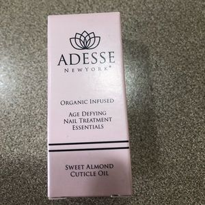 New in Box Adesse Age Defying